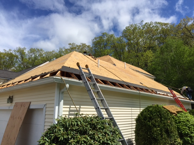 About us francisco 39 s roofing inc for Metropolitan exteriors inc reviews